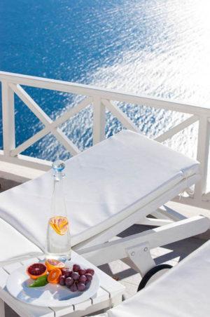 Aviantos Suites Santorini 8